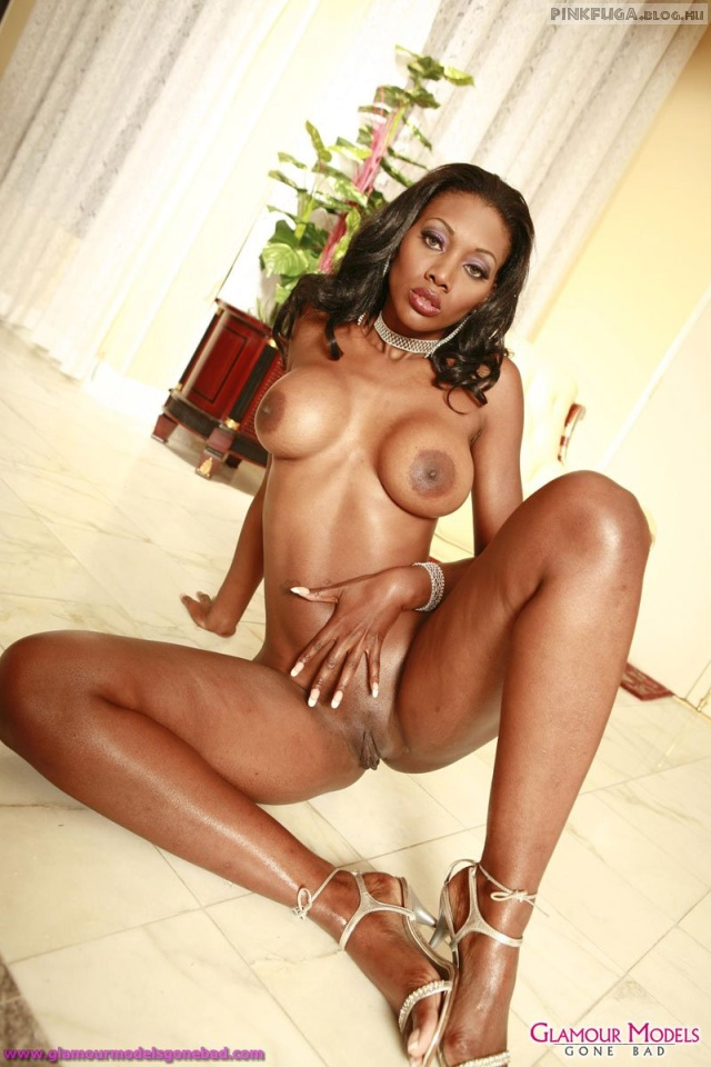 nyomi-banxxx-glamour-models-gone-bad-08.jpg