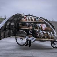 Lady Beetle, mozgó könyvtár gyerekeknek