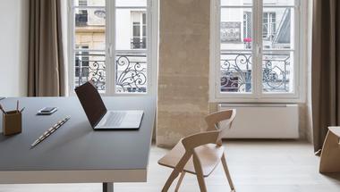 16 négyzetméteres multifunkcionális tér Párizsban