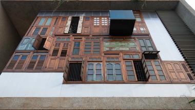 Kollázs Ház – újrahasznosított anyagokból