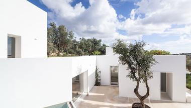 Casa Luum: minimalizmus a portugál vidéken