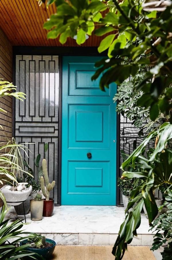 colorful-front-door-inspiration-600x903.jpg