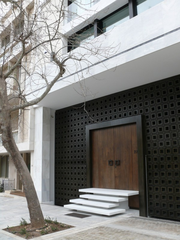contemporary-front-door-and-stair-combo-600x800.jpg