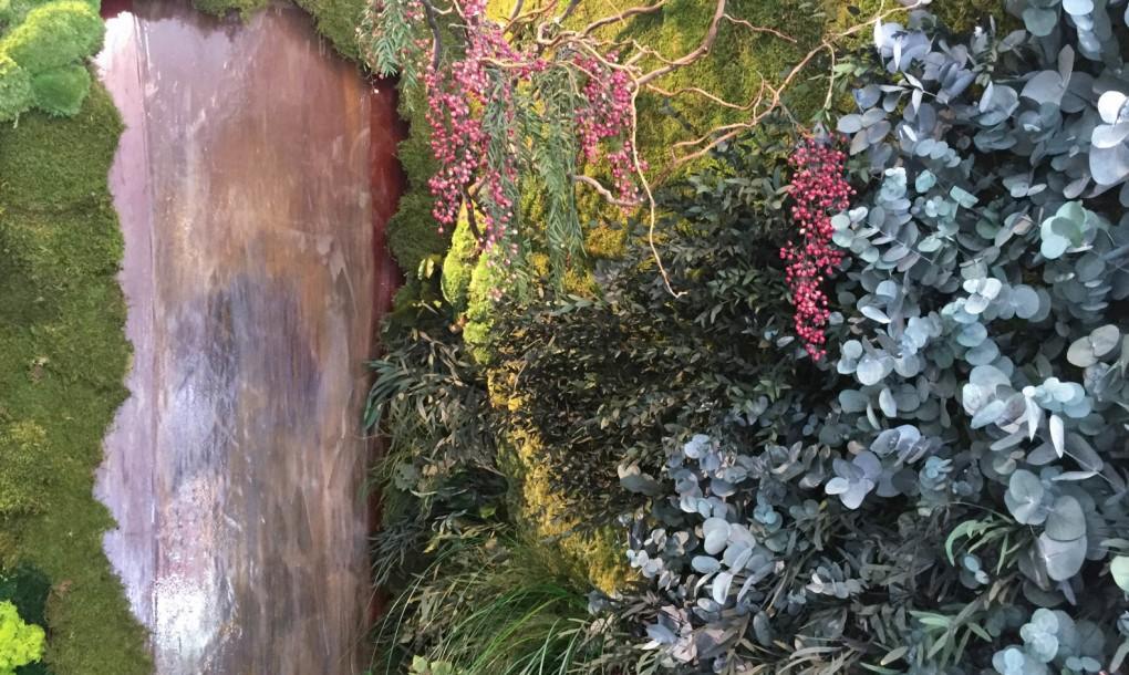 mossmania-green-wall-with-fountain-1020x610.jpg