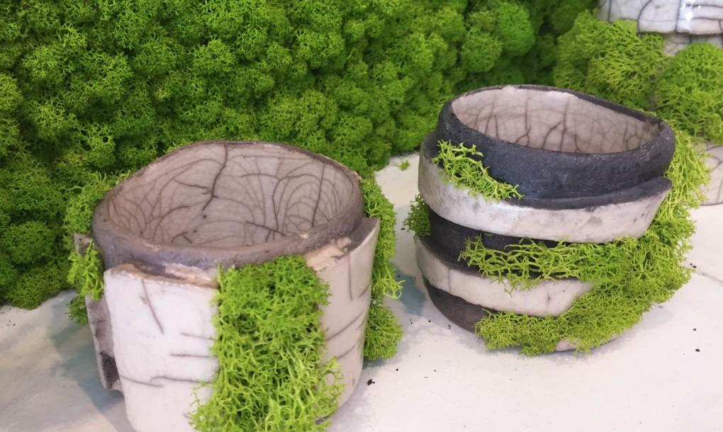 mossmania-moss-japanese-raku-pottery-1020x610.jpg