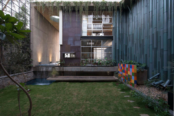 collage-house-s-ps-architects-13-600x400.jpg