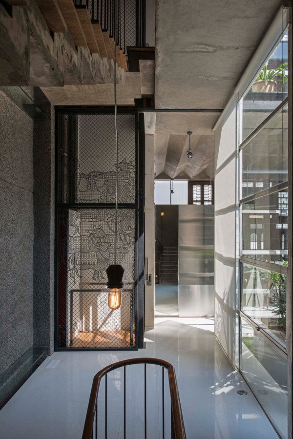 collage-house-s-ps-architects-9-600x899.jpg