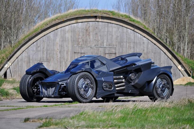 caresto-arkham-car-team-galag-gumball-3000-designboom-01-818x544.jpg