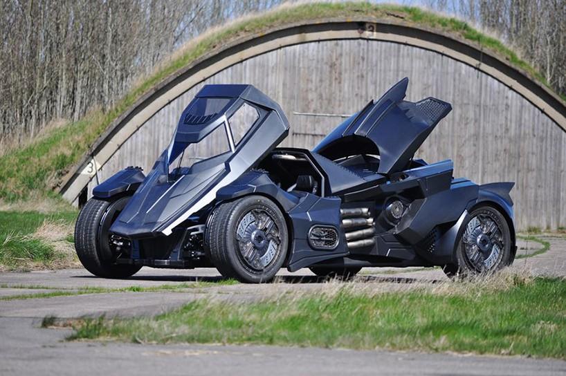 caresto-arkham-car-team-galag-gumball-3000-designboom-04-818x544.jpg