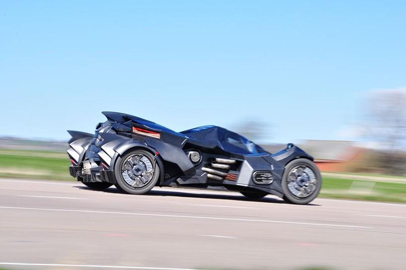 caresto-arkham-car-team-galag-gumball-3000-designboom-06-818x544.jpg