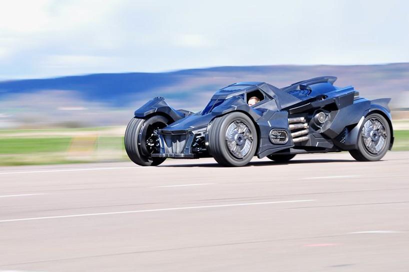 caresto-arkham-car-team-galag-gumball-3000-designboom-07-818x544.jpg