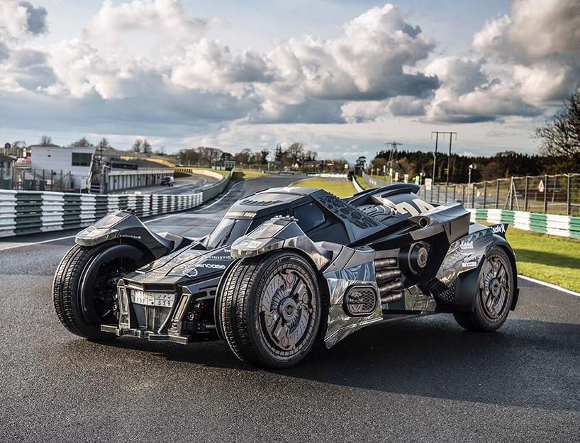 caresto-arkham-car-team-galag-gumball-3000-designboom-08-818x625.jpg