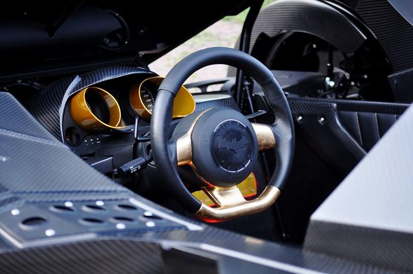 caresto-arkham-car-team-galag-gumball-3000-designboom-09-818x544.jpg