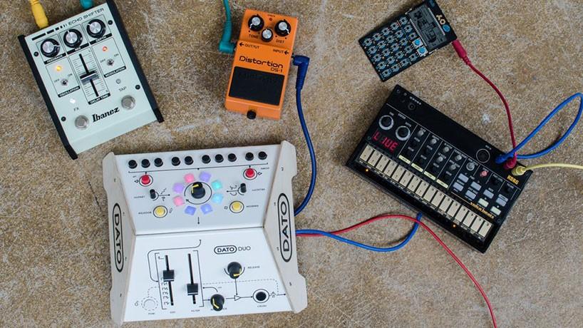 dato-duo-synthesizer-designboom-04-818x460.jpg