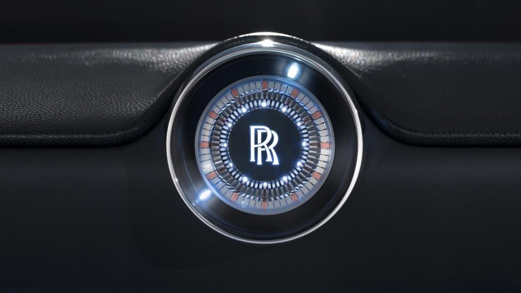 rollsroyce_vision100_13.jpg