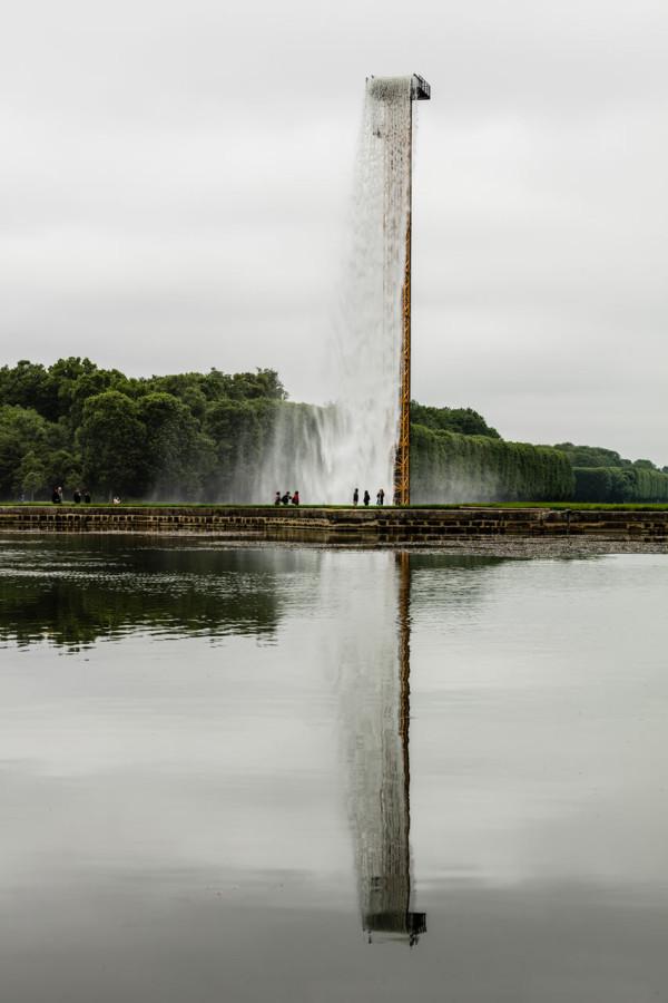 waterfall-olafur-eliasson-4-600x900.jpg