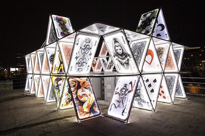resize-house-of-cards-oge-creative-group-copy-janus-van-den-eijnden-2014-2015.jpg