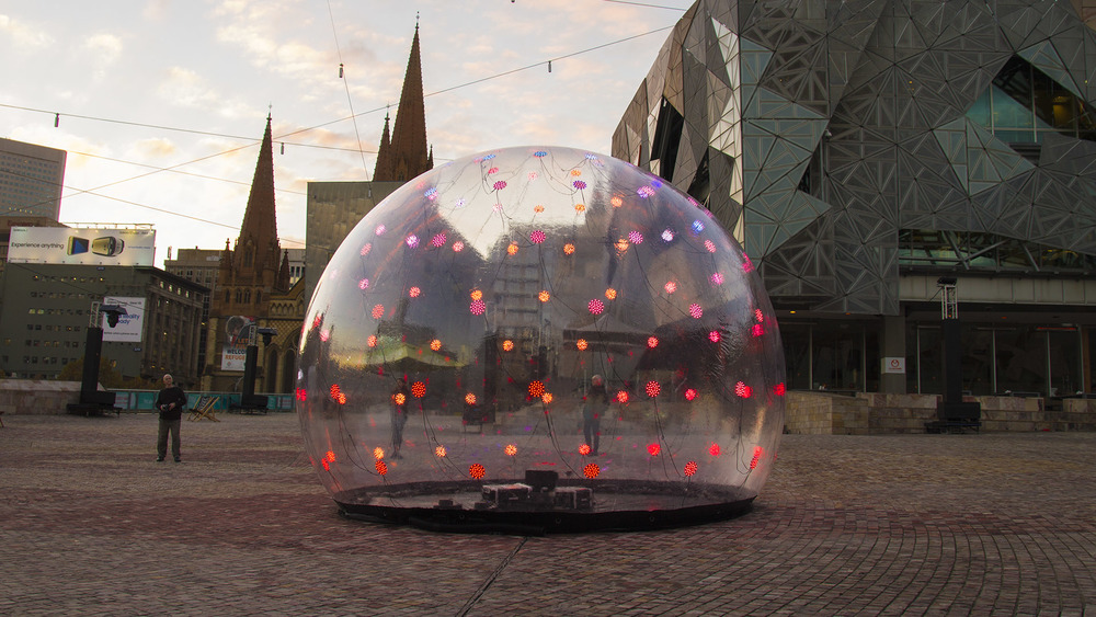 eness_sonic_light_bubble_fed_square_2763.jpg