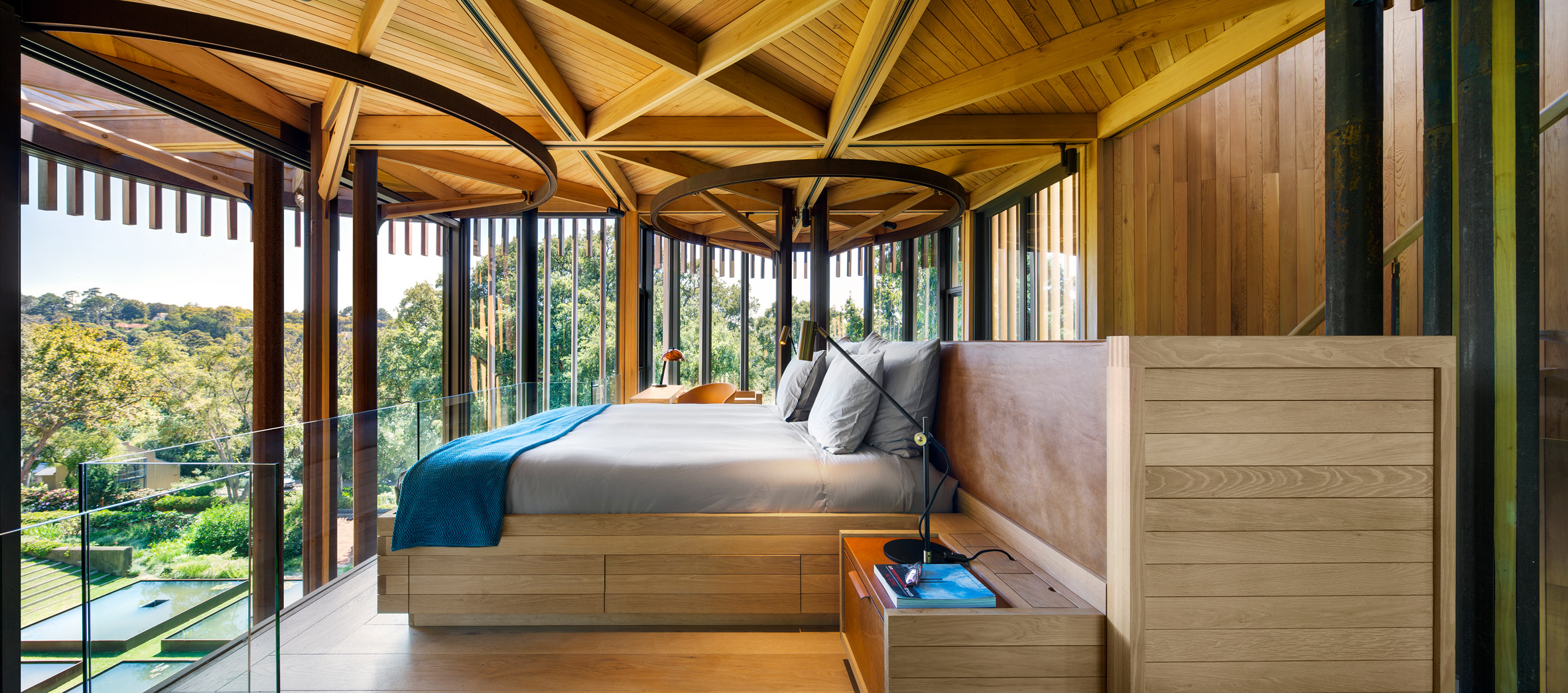 paarman-tree-house-by-mv-architecture-residential_dezeen_2364_col_5.jpg