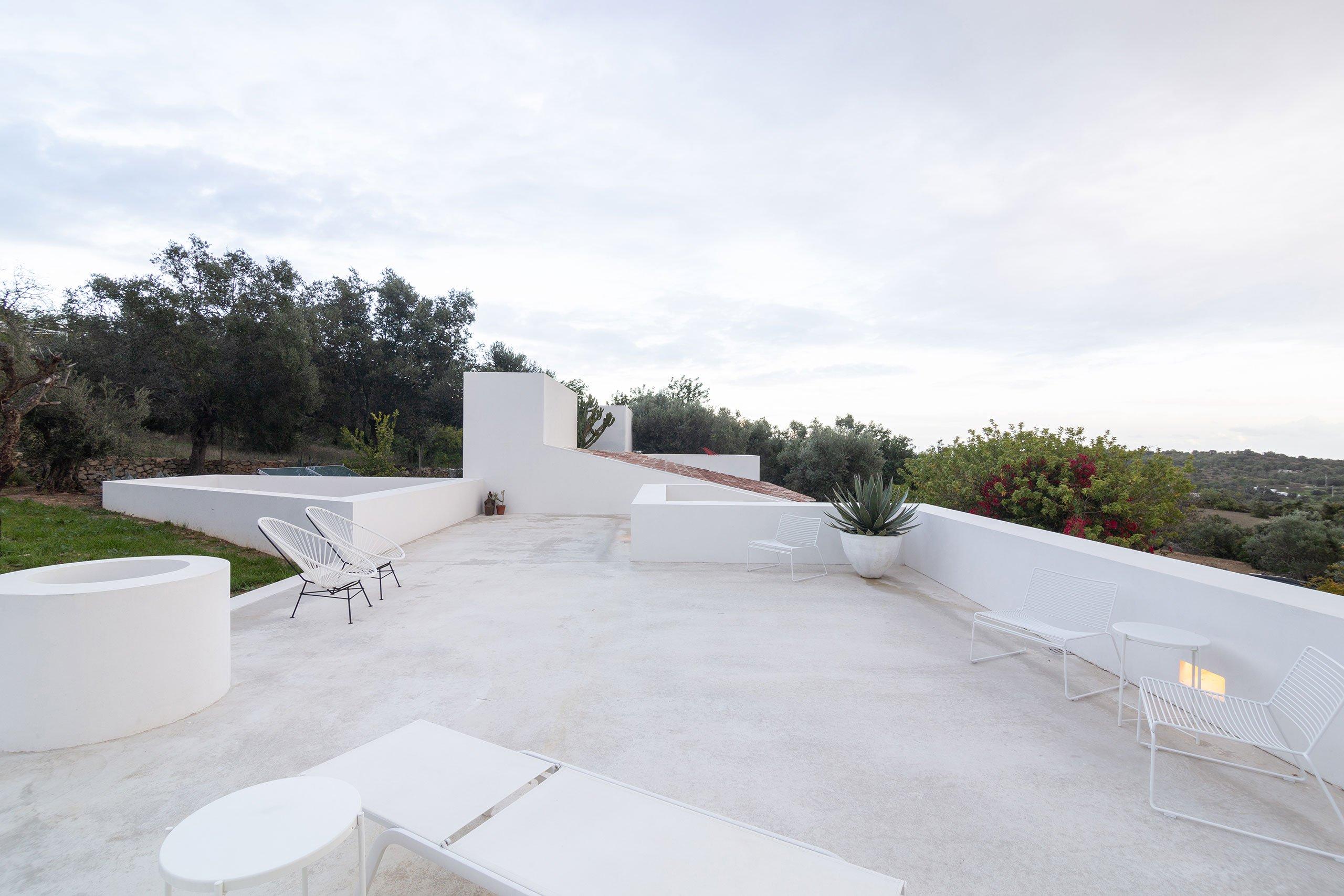 casa-luum-minimalizmus-a-portugal-videken-noko-012.jpg