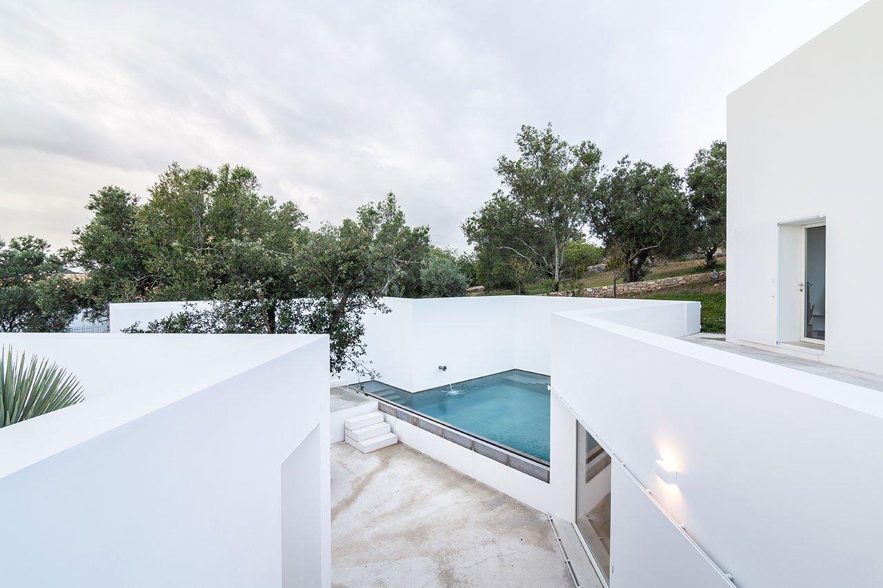 casa-luum-minimalizmus-a-portugal-videken-noko-013.jpg