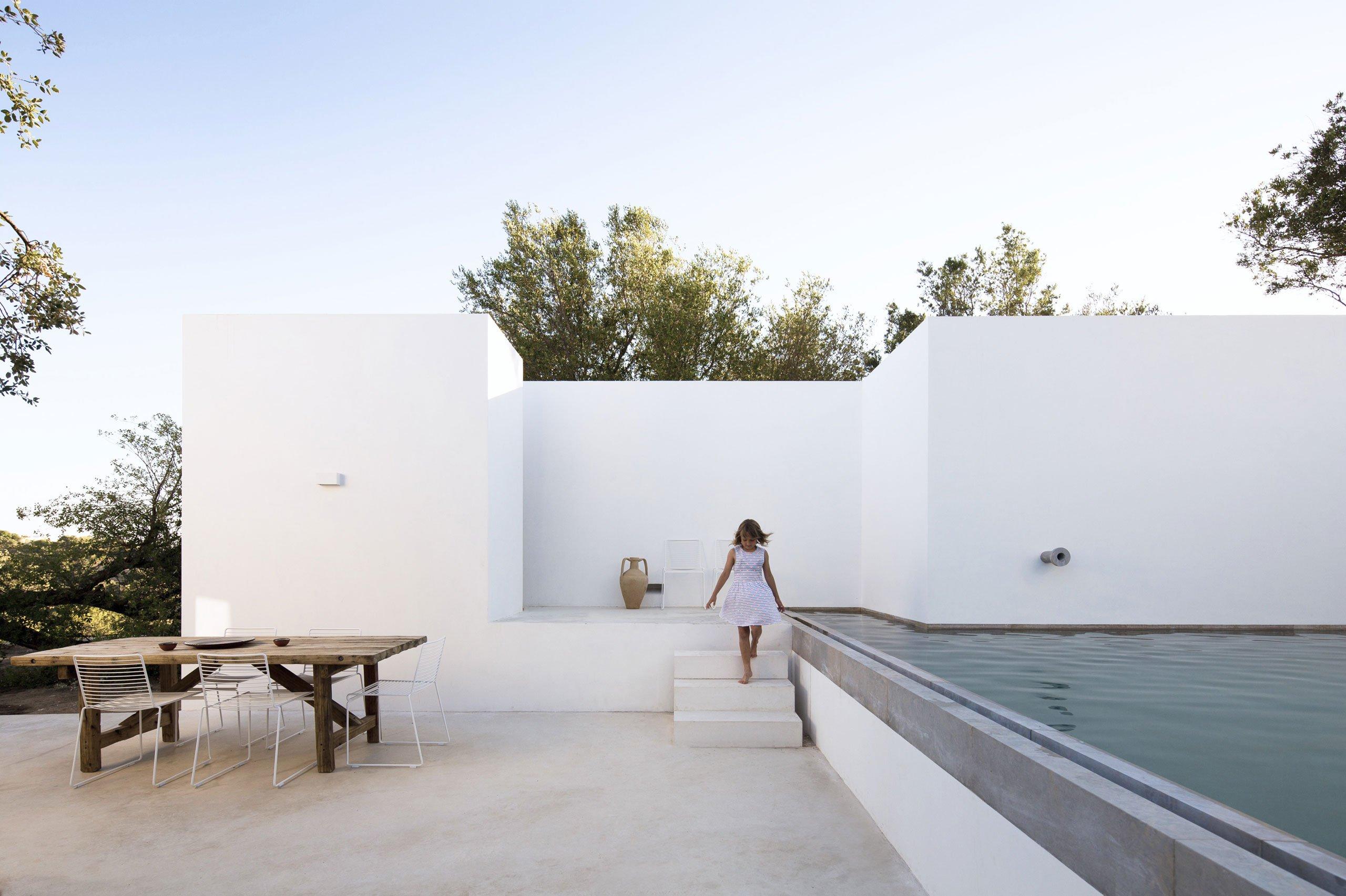 casa-luum-minimalizmus-a-portugal-videken-noko-018.jpg