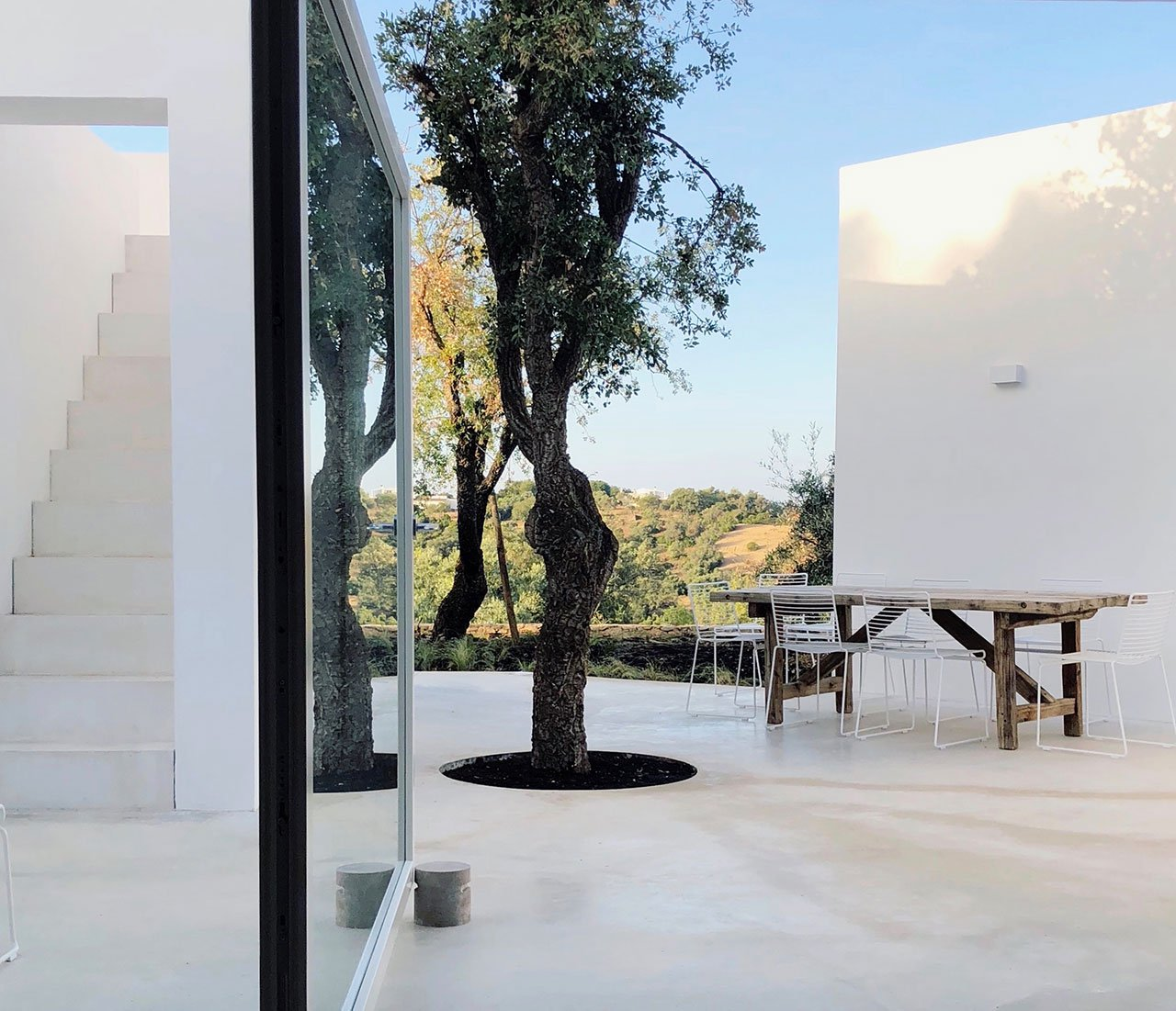 casa-luum-minimalizmus-a-portugal-videken-noko-024.jpg