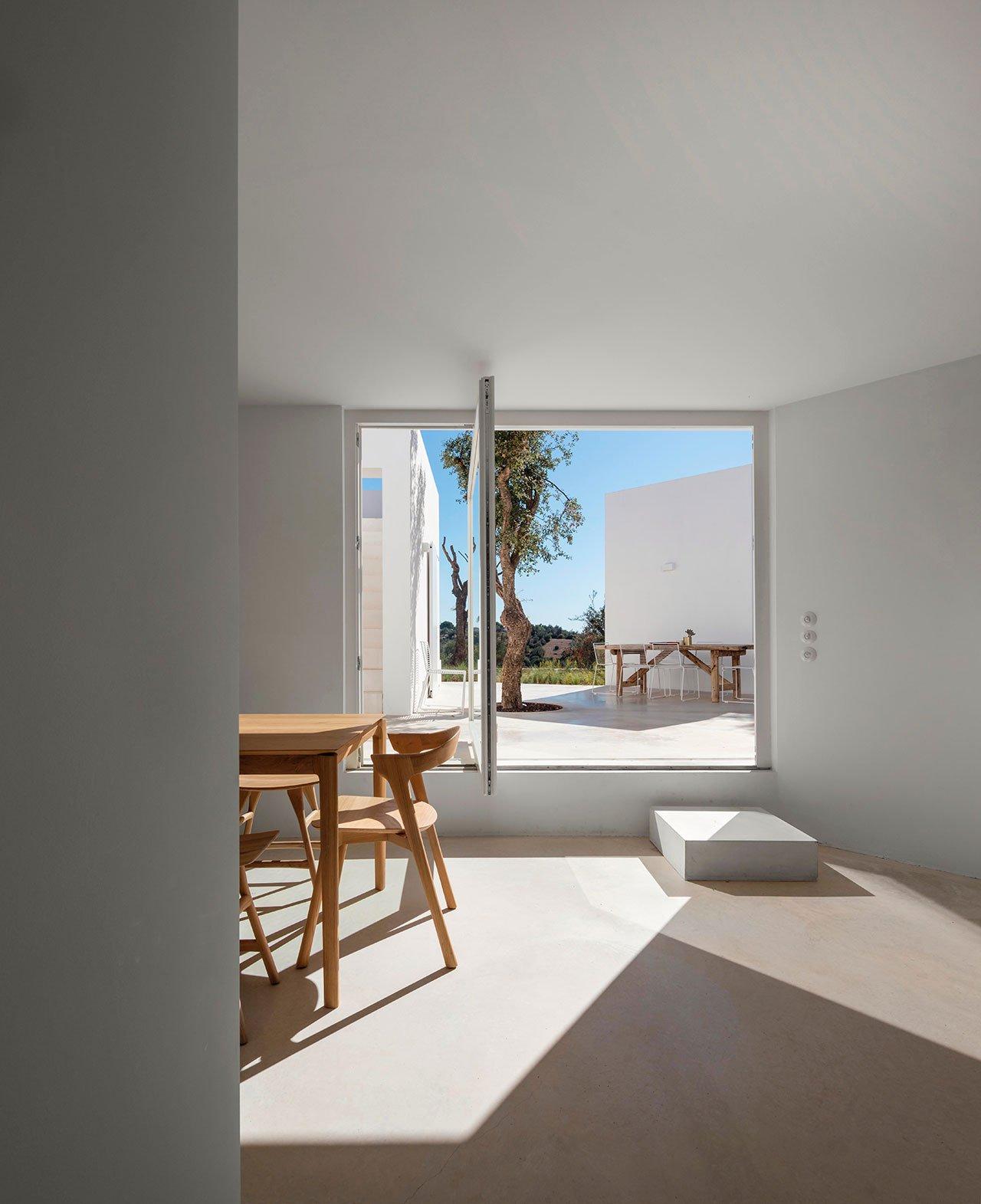 casa-luum-minimalizmus-a-portugal-videken-noko-026.jpg