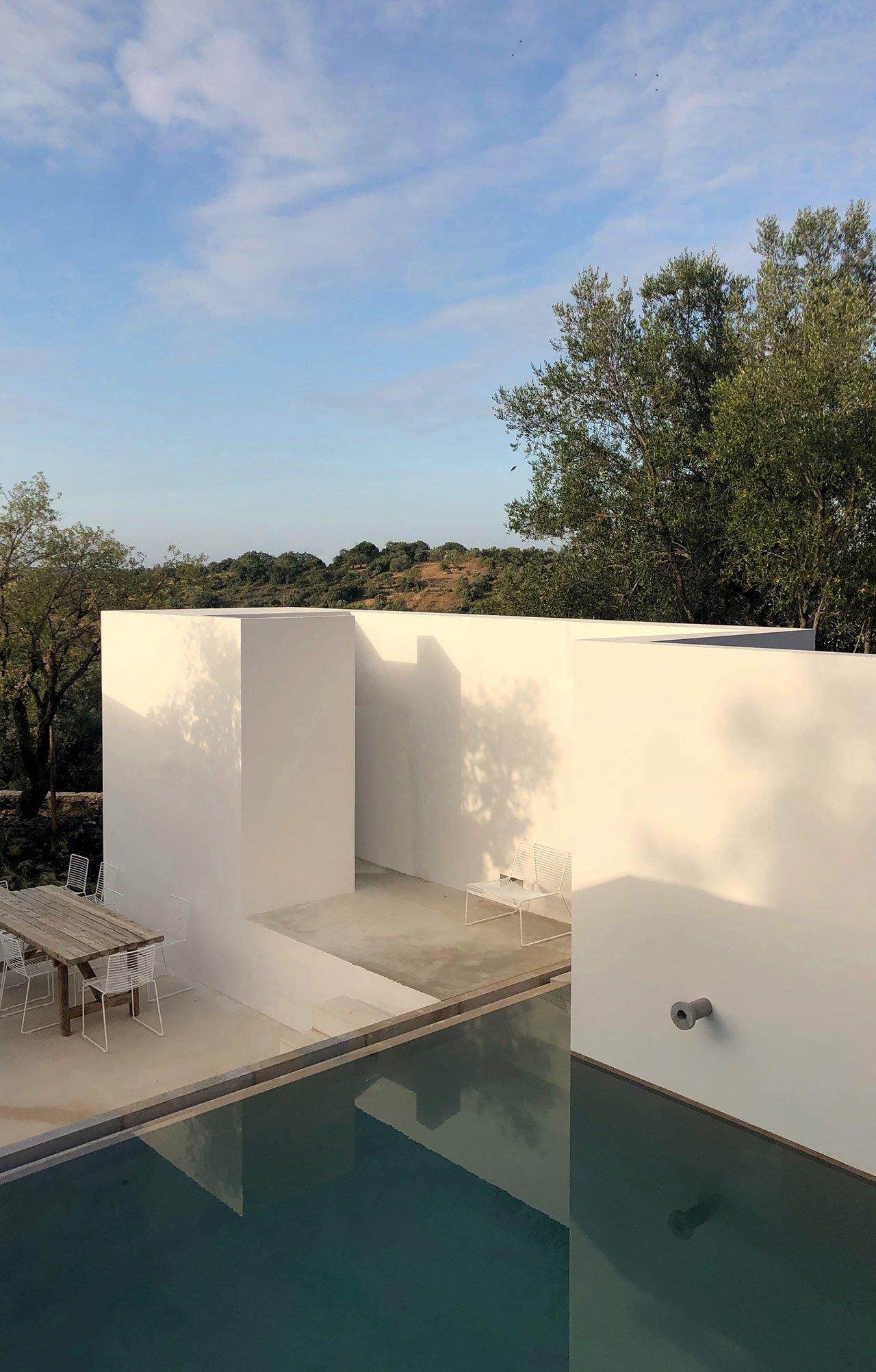 casa-luum-minimalizmus-a-portugal-videken-noko-028.jpg