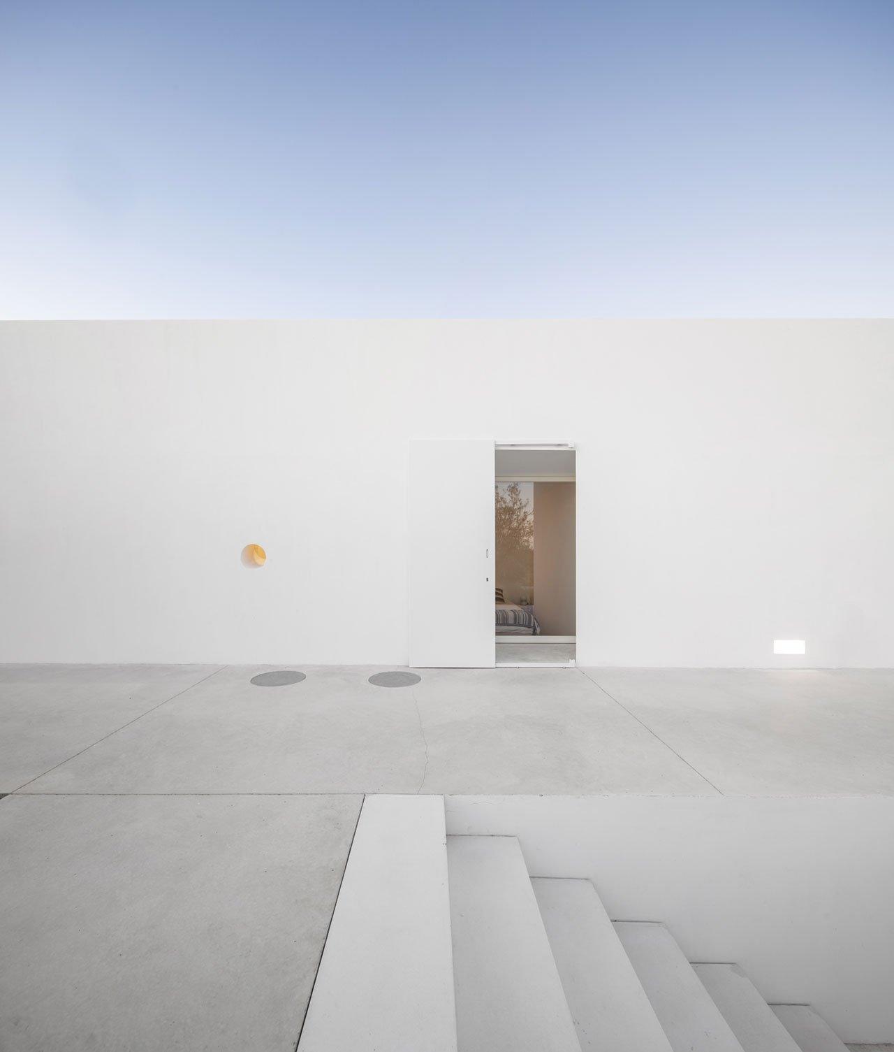 casa-luum-minimalizmus-a-portugal-videken-noko-07.jpg