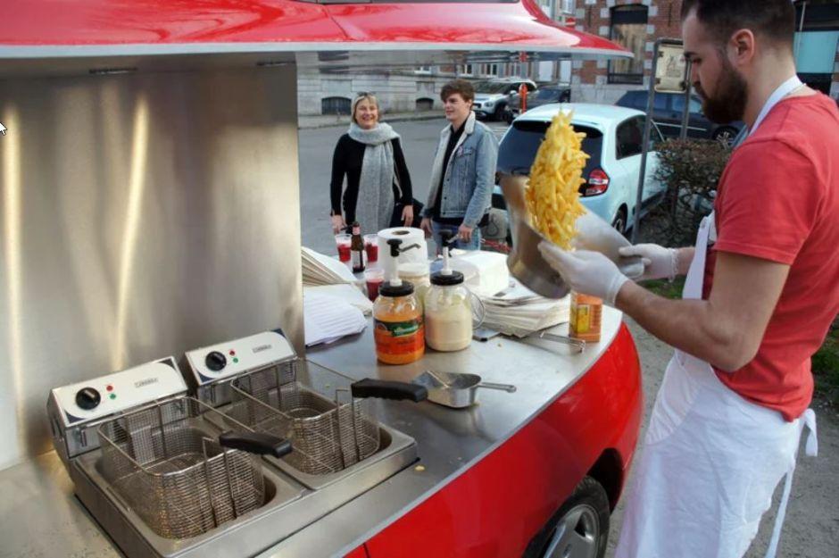 fiat-coupebol-street-food-kocsi-noko-04.jpg