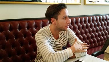 """""""Nem tabu a férficsók"""" - interjú Sütő András színésszel, a Viharsarok főszereplőjével"""