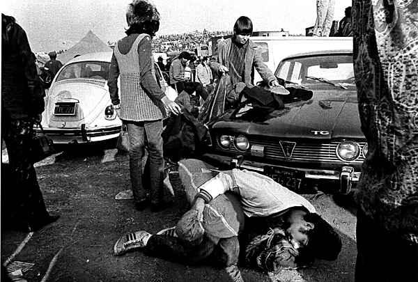 -Altamont-Dec-1969-the-60s-670017_600_405.jpg