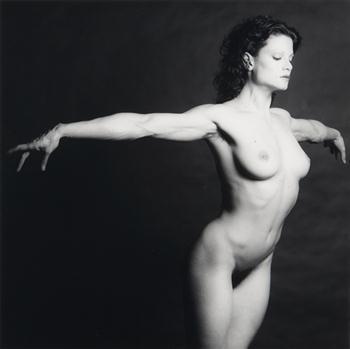 lisa lyon, 1982.jpg
