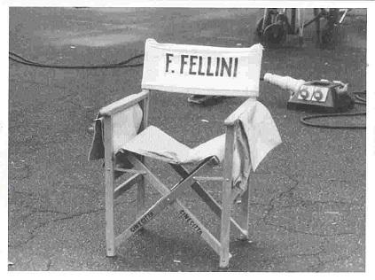 sedia-fellini1.jpg
