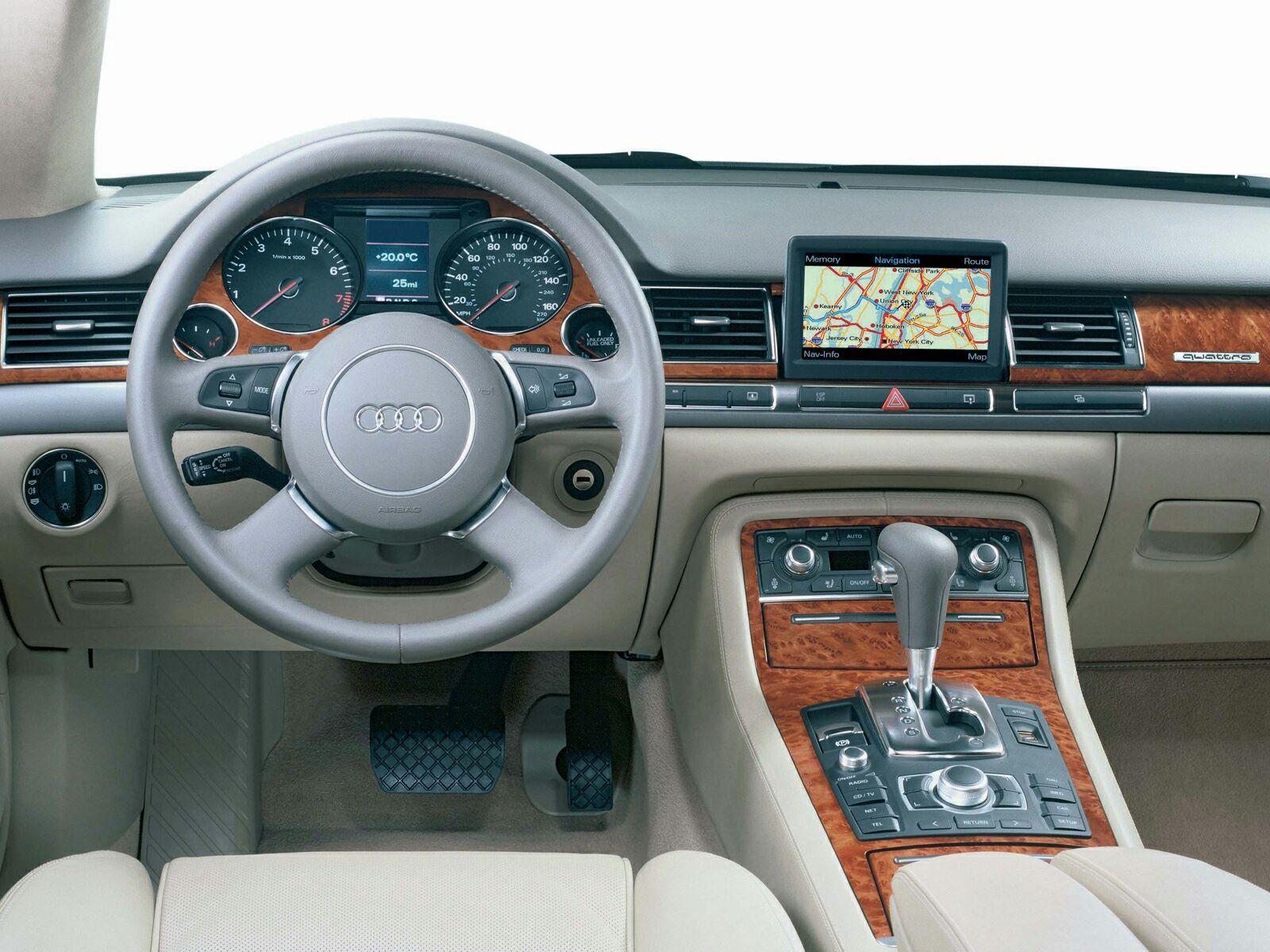 Audi-A8L-014.jpg