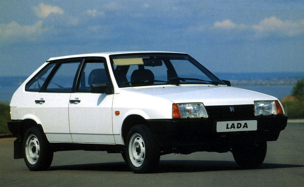 lada-samara-ussr-1987a.jpg