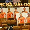 Piroslapot kapott a Magyar Oligarcha Válogatott a DK-tól
