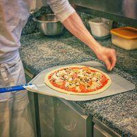 Pizza, háromféleképpen - Pinsa Budapest