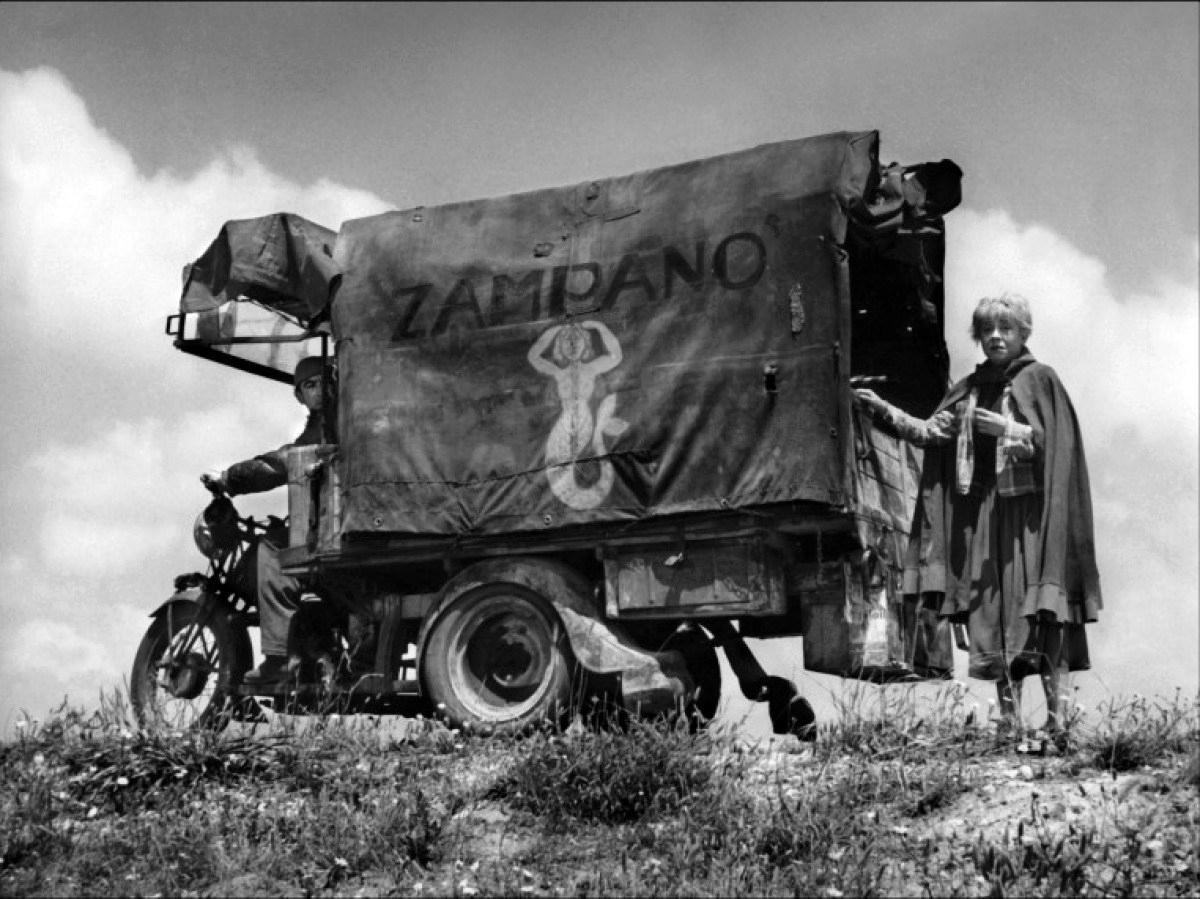 strada-1954-02-g.jpg