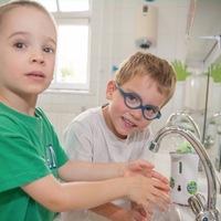 Iskolai mosdófelújítás a tiszta és kórokozómentes környzetért