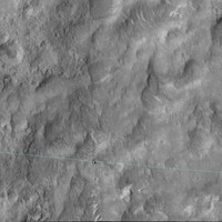 Nap képe - Curiosity rover a Mars Reconnaissance Orbiter fotóján