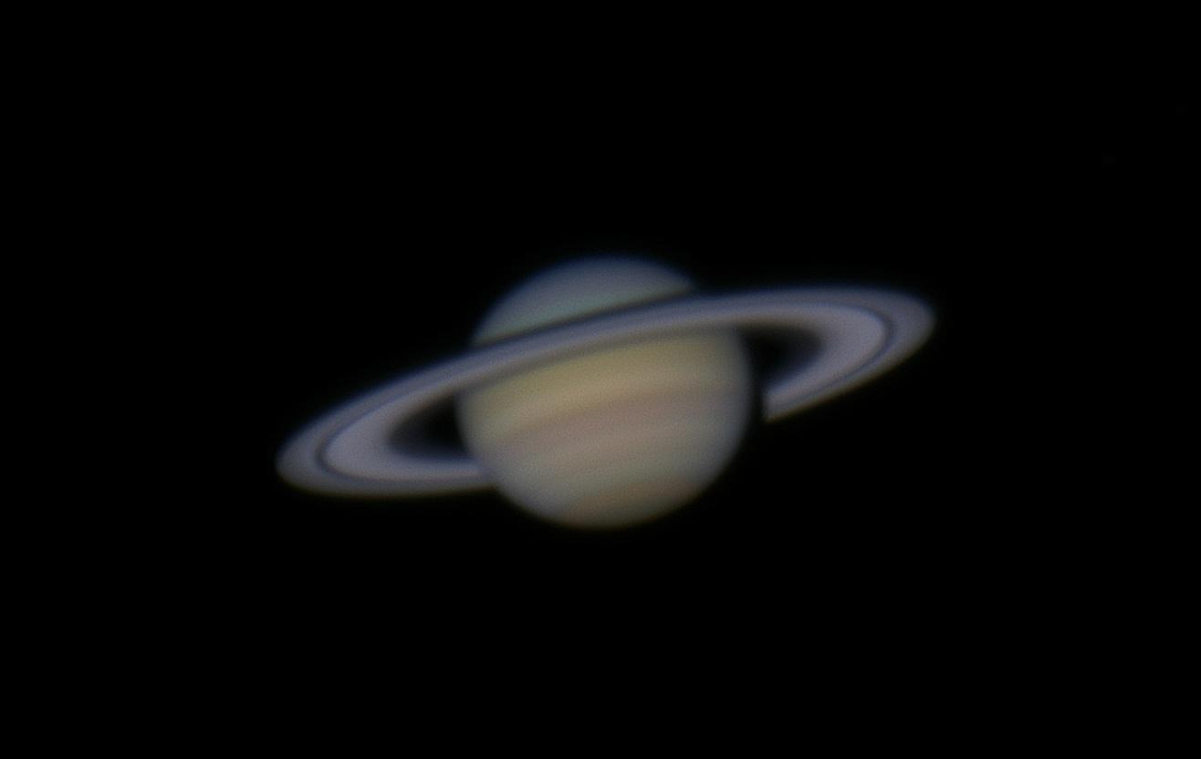 Saturn,_through_82-_telescope,reprocessed.jpg