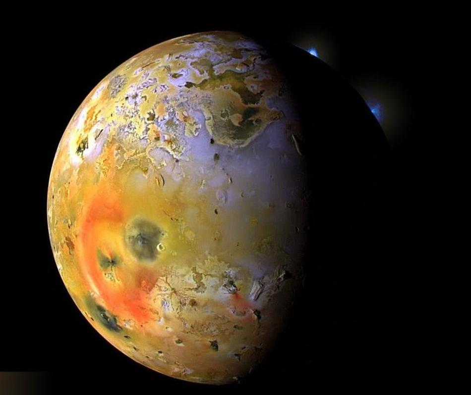 jupiters-moon-io-from-voyager-1-space-probe.jpg