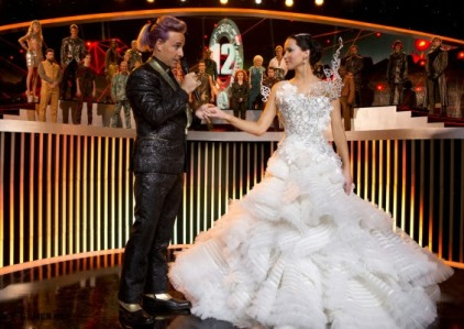 caesar-katniss-tribute-interviews-600x400.jpg