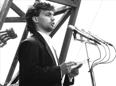 Orbán Viktor 1989.jpg