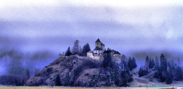A vár.jpg