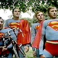 Nem minden az, aminek látszik: hősök az országban?