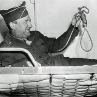 Ő akasztotta fel a náci háborús bűnösöket