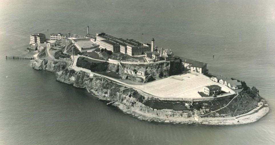 alcatraz1936.jpg